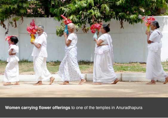 anuradhapura-flower-offerings