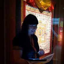 carmen-guiding-museum