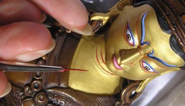 padmasambhava-statue-painted-by-carmen-mensink