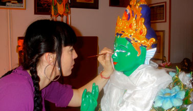 painting-green-tara-statue-carmen-mensink