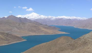 tibet-lake-carmen-mensink