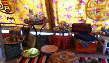 tibetan-buddhist-tent
