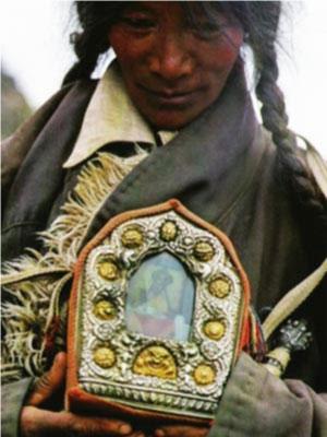 travel-altar-tibetan