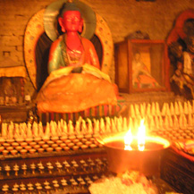 butter-lamps-altar-budha