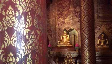 chiang-mai-buddha-statues
