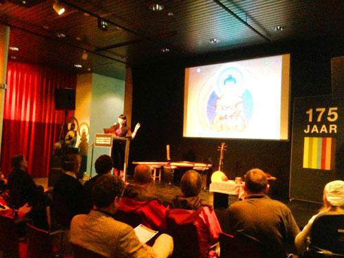 lecture-buddhist-art-carmen-mensink