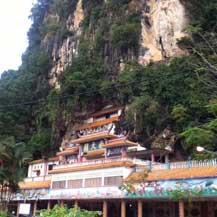 rock-temple-malaysia