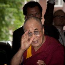 arrival-dalai-lama