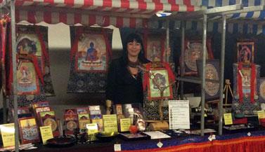 booth-carmen-mensink-dalai-lama-event