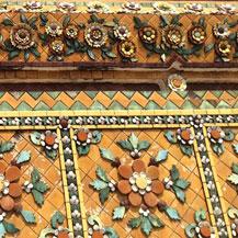 broken-tile-temples-thailand